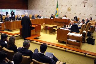 http://vnoticia.com.br/noticia/2045-supremo-decide-que-lei-da-ficha-limpa-vale-para-casos-anteriores-a-2010