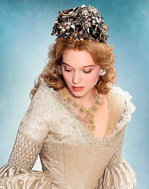 Coroa e jóias A Bela e Fera 2014