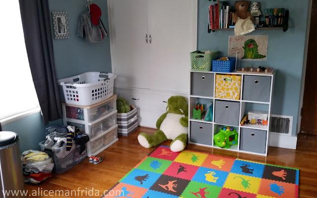 play room, nursery, baby boy nursery, dinosaur, toys, baby's first bedroom, children's room