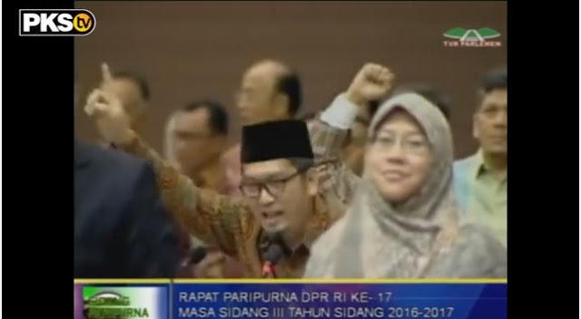 Inilah Video Muzammil Yusuf Saat Menyuarakan Pembelaan Terhadap Nurul Fahmi di Sidang Paripurna DPR