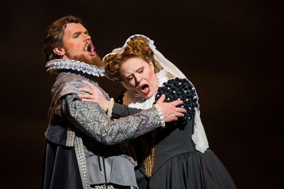IN REVIEW: tenor KIRK DOUGHERTY as Leicester (left) and soprano JODI BURNS as Maria Stuarda (right) in Piedmont Opera's October 2019 production of Gaetano Donizetti's MARIA STUARDA [Photograph © by André Peeler & Piedmont Opera]