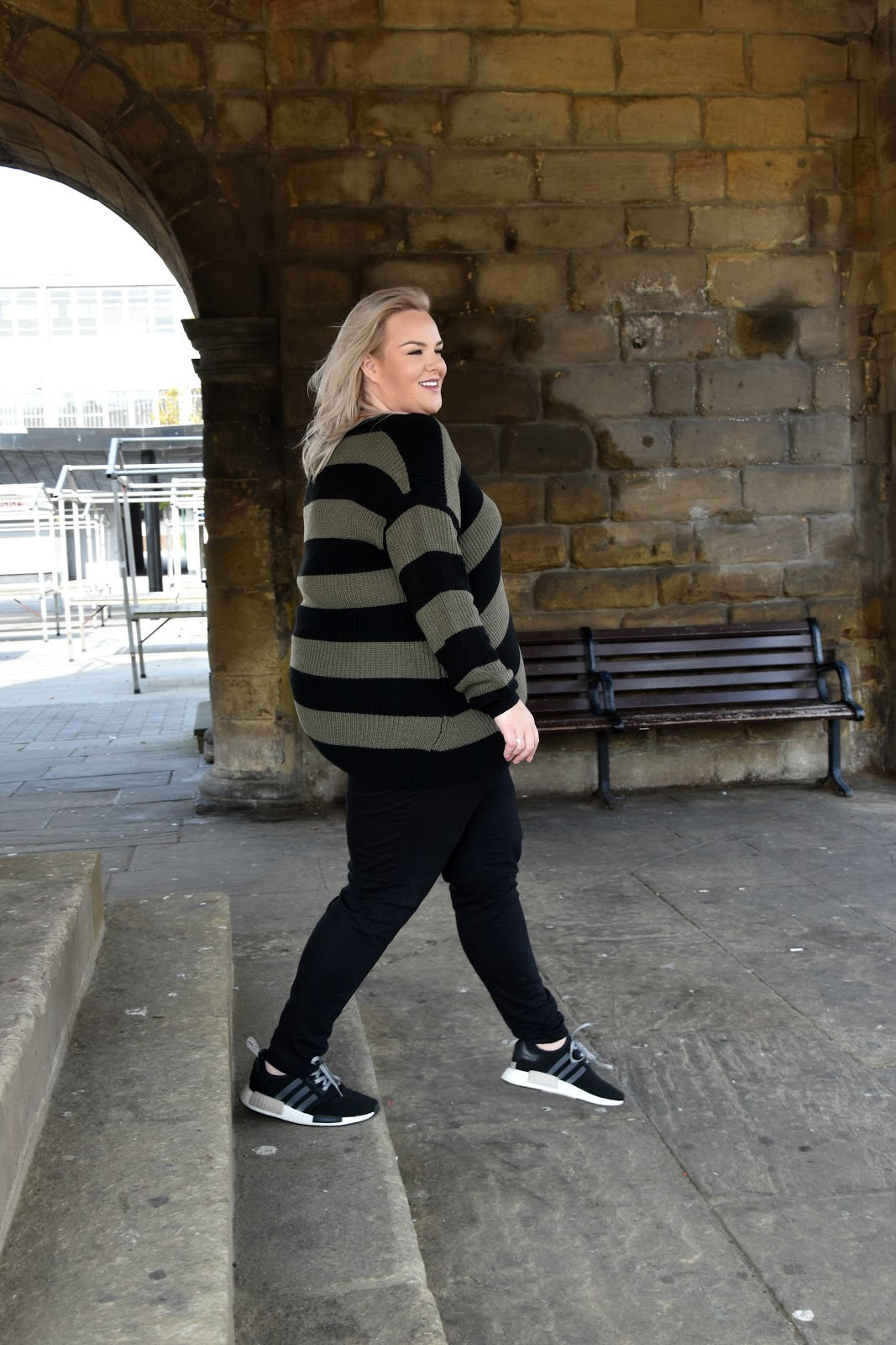 WhatLauraLoves Yours Clothing Plus Size Blogger 5 Positive Things To Do Daily