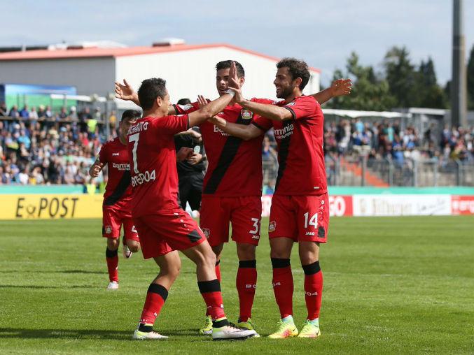 Bayer Leverkusen avanzó a la segunda ronda de la Copa alemana.