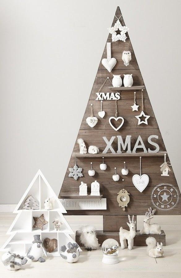 Árboles de Navidad low cost con madera