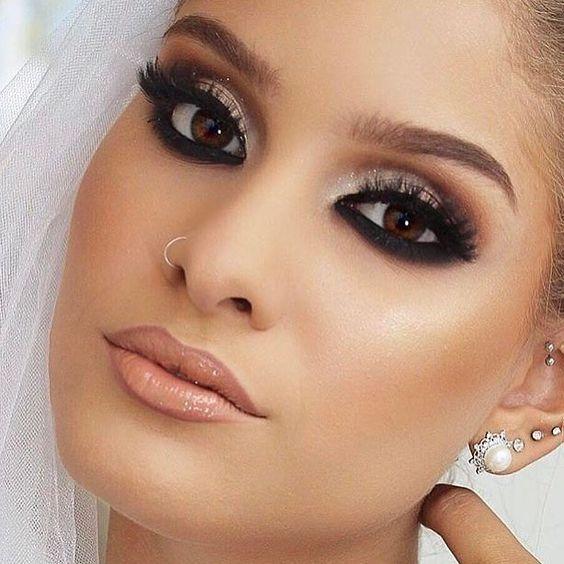Noiva com maquiagem tom pêssego