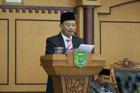 Pj. Walikota Tanjungpinang Beri Jawaban Terhadap Pandum Fraksi-fraksi DPRD Pada Paripurna Terbuka