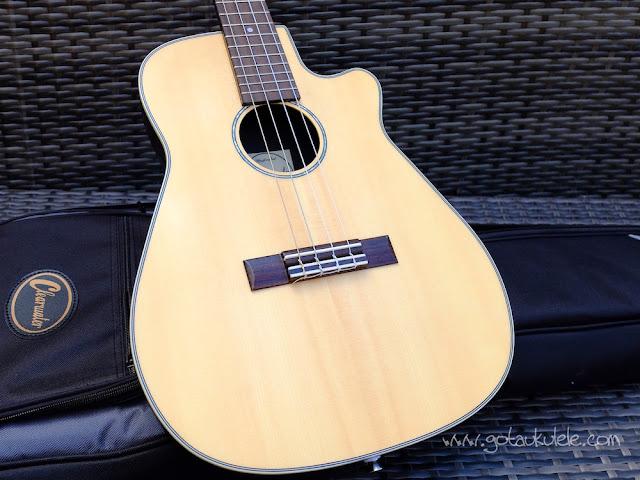 Clearwater roundback baritone ukulele top