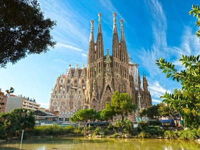 world, most beautiful structures, designed Barcelona Cathedral, unique design, high technology, technique, modern style, special style, building, modern world, best top, top 10, technology, design, fictional,