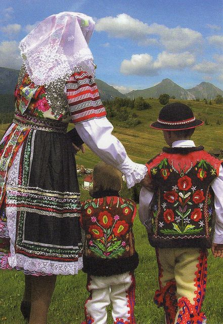 Folkcostume Amp Embroidery Women S Costume And Embroidery Of