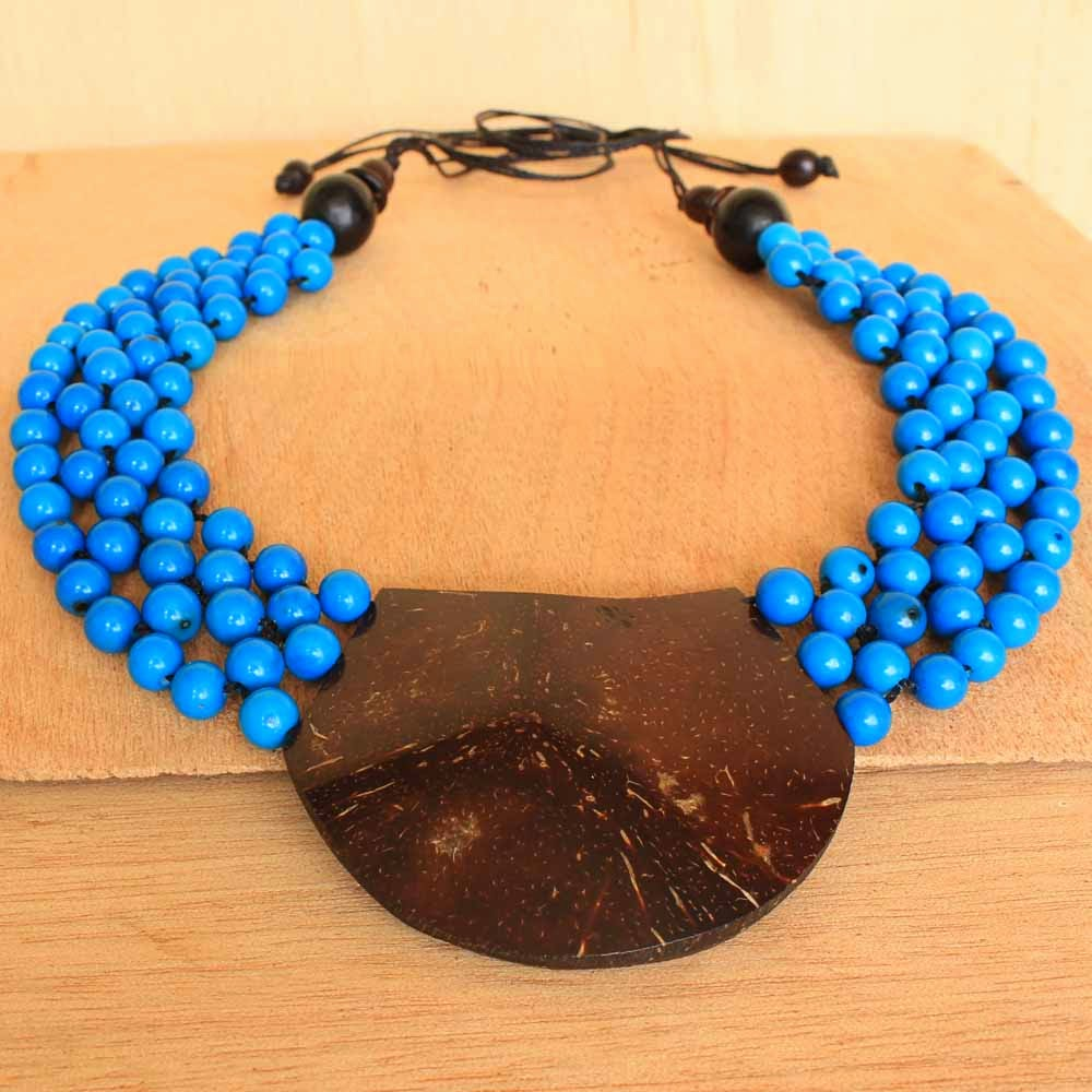 Collar Necklace with Blue Seeds and Coconut Review.