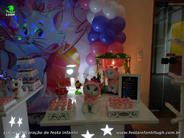 Decoração provençal com o tema da Gata Marie - Festa infantil