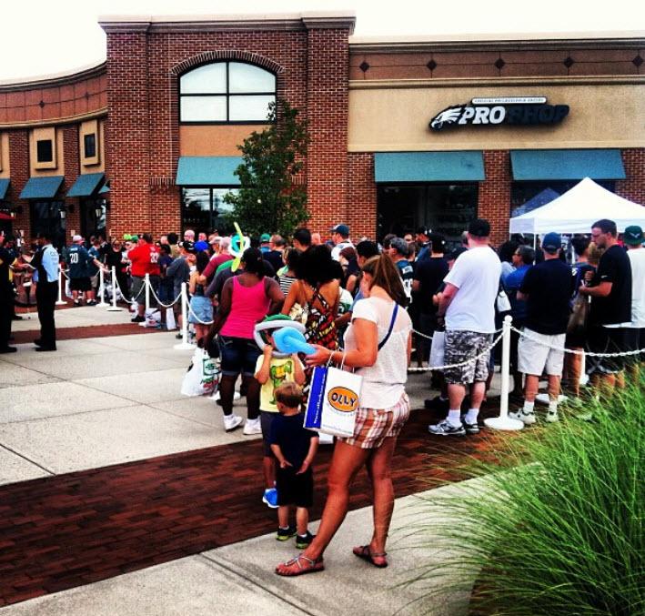 the best attitude 51968 6d536 EAGLES CHEERLEADERS CALENDAR & New Pro Shop Opens in Cherry ...