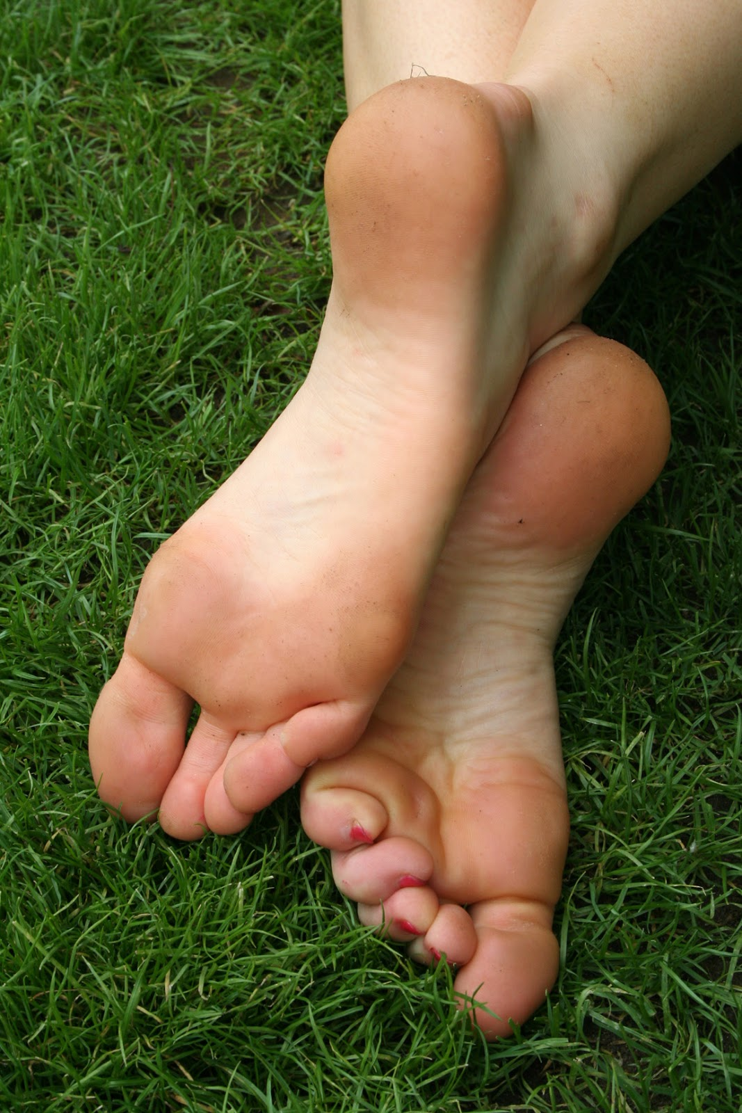 Girls soles and toes