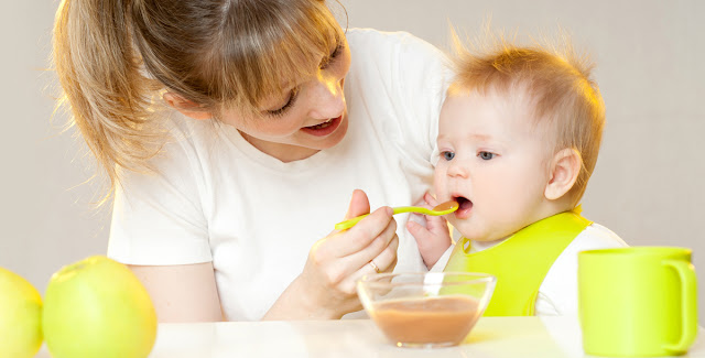 أطعمة تقوي مناعة طفلكِ في سنواته الأولى
