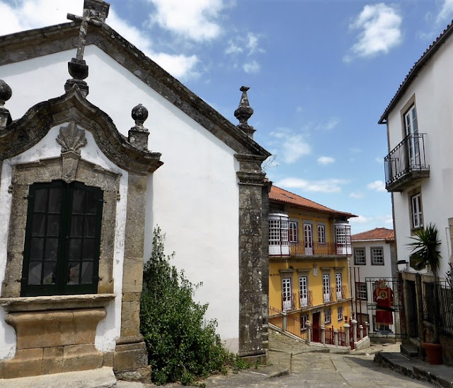 Valencia Do Minho, calles