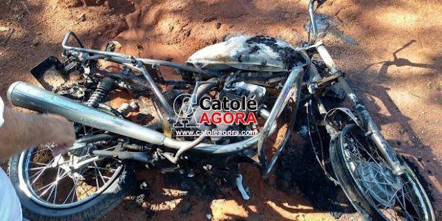 Moto roubada em Brejo dos Santos é encontrada queimada na zona rural do município