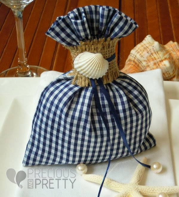 Baptism favor bags from Greece with seashells