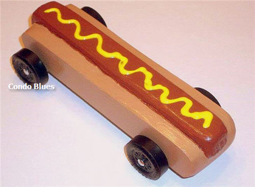 Condo Blues Hot Dog Pinewood Derby Car