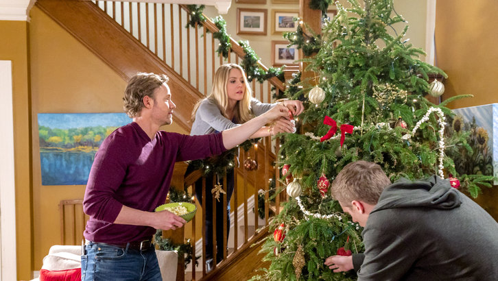 The christmas cure a hallmark channel christmas in july for Hallmark christmas in july 2017 schedule