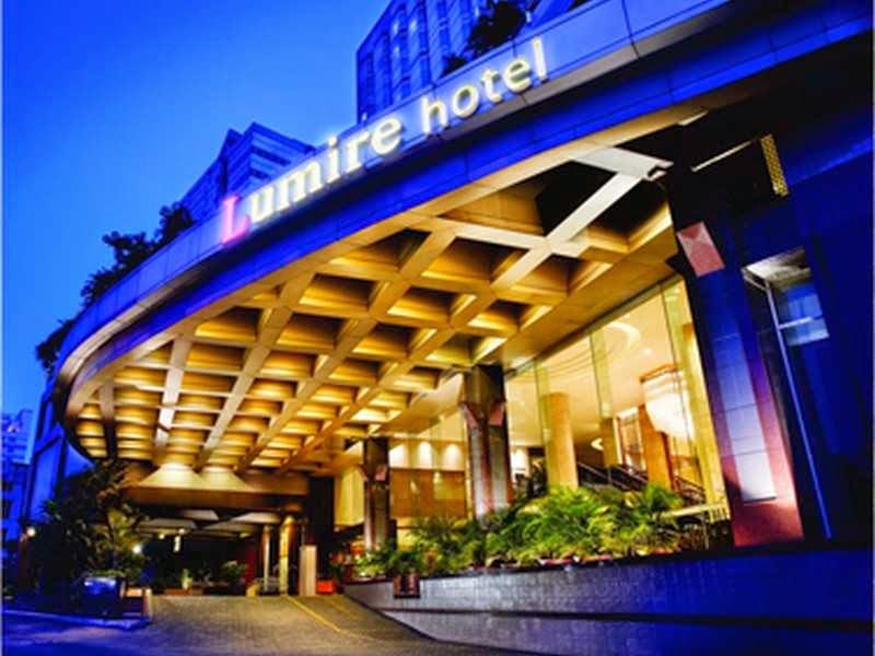 Memesan Kamar di Hotel Lumire Jakarta