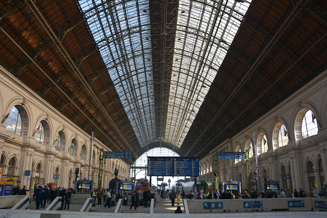 Central Station Budapest train hall