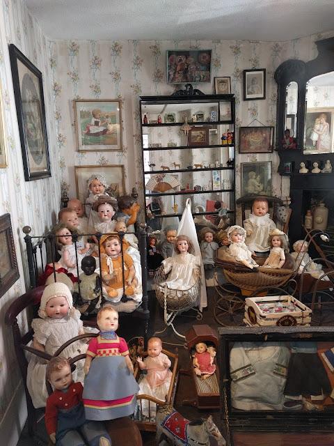 Восковые куклы в музее Поллока