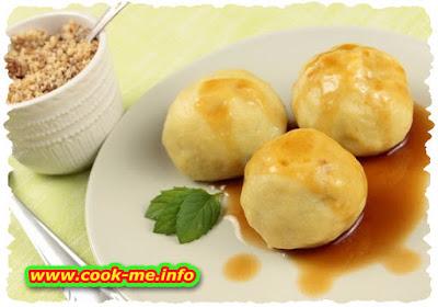 Plums dumplings