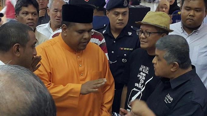 Rafizal, Patutnya Kau Tumbuk Jer Muka Zunar Tu !!