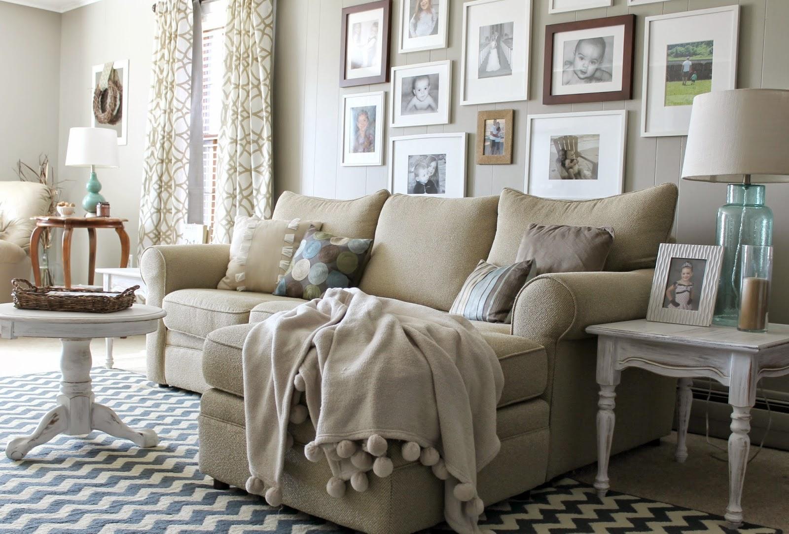 20 Dreamy Farmhouse Style Fall Decor Ideas - Creative ...