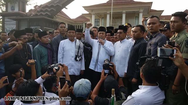 Janji Perbaiki Perilaku, Bupati Lampung Selatan Akan Temui KH Said Aqil Siradj