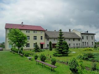 Кохавино. Монашеские келии и отель для паломников