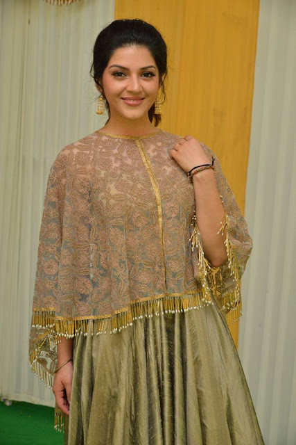 Mehreen Kaur Stills At Sri Sathya Sai Arts New Movie Launch