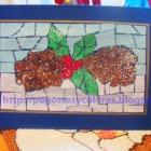 http://pegostesycolores.blogspot.com.es/2015/12/tarjeta-de-pinas-de-navidad-con-mosaico.html