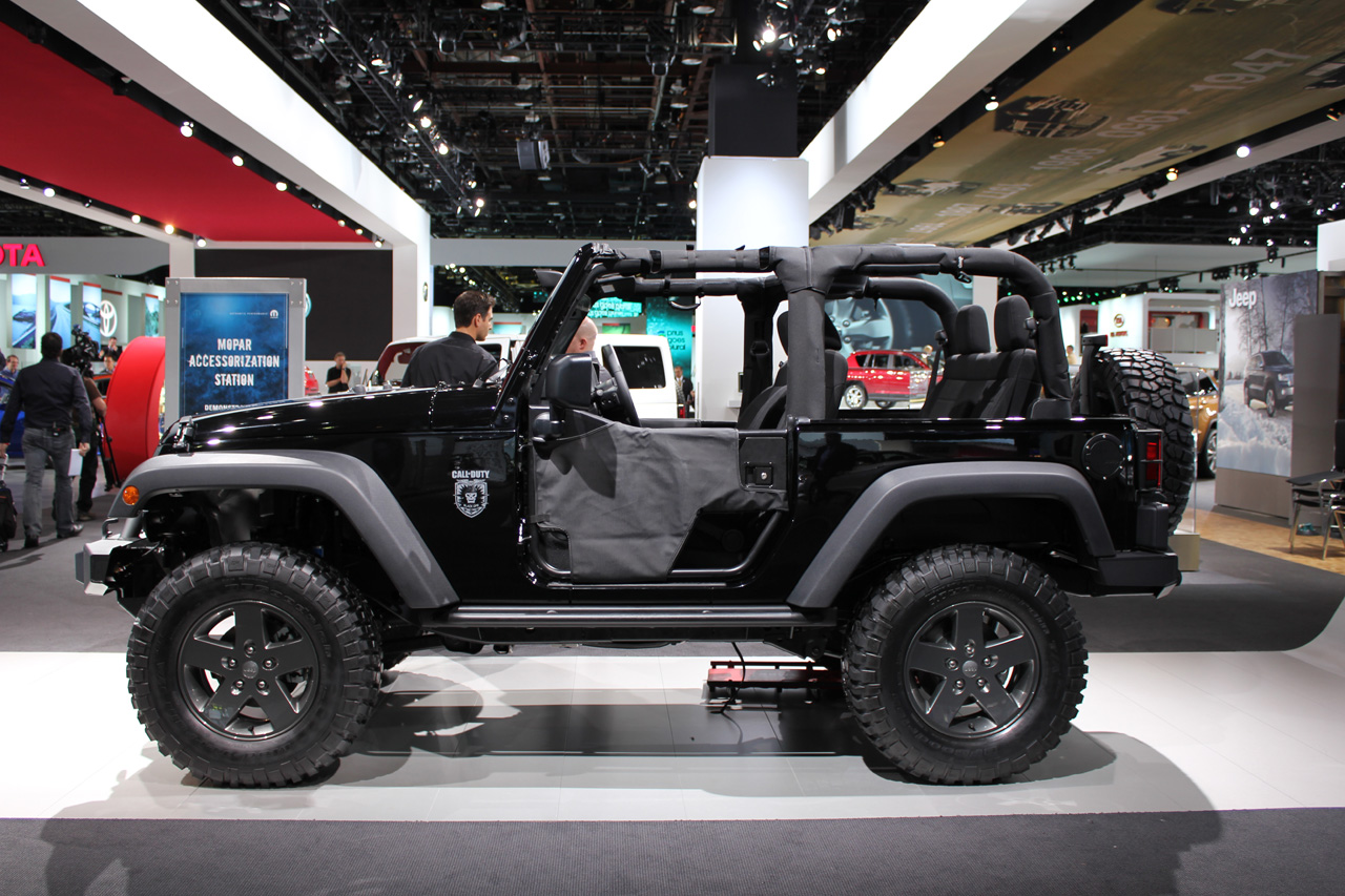 Takterbiasa Jeep Wrangler Rubicon Role In Call Activision S Of Duty