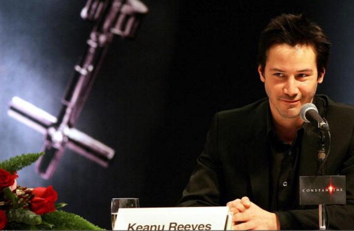 Keanu Reeves in Hong Kong (February 2005) - 3 Clips