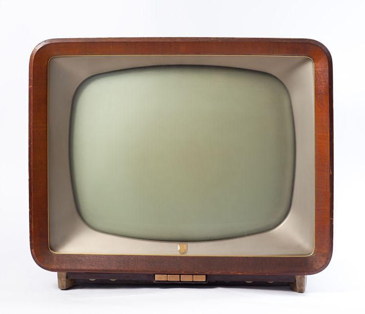 Jungle Red Writers: New Things on Old-fashioned TV