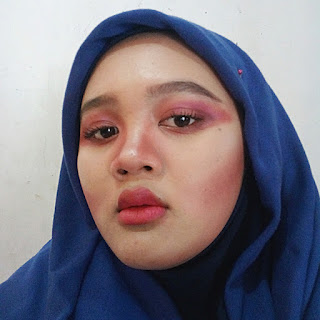 one-colour-makeup-inspiration