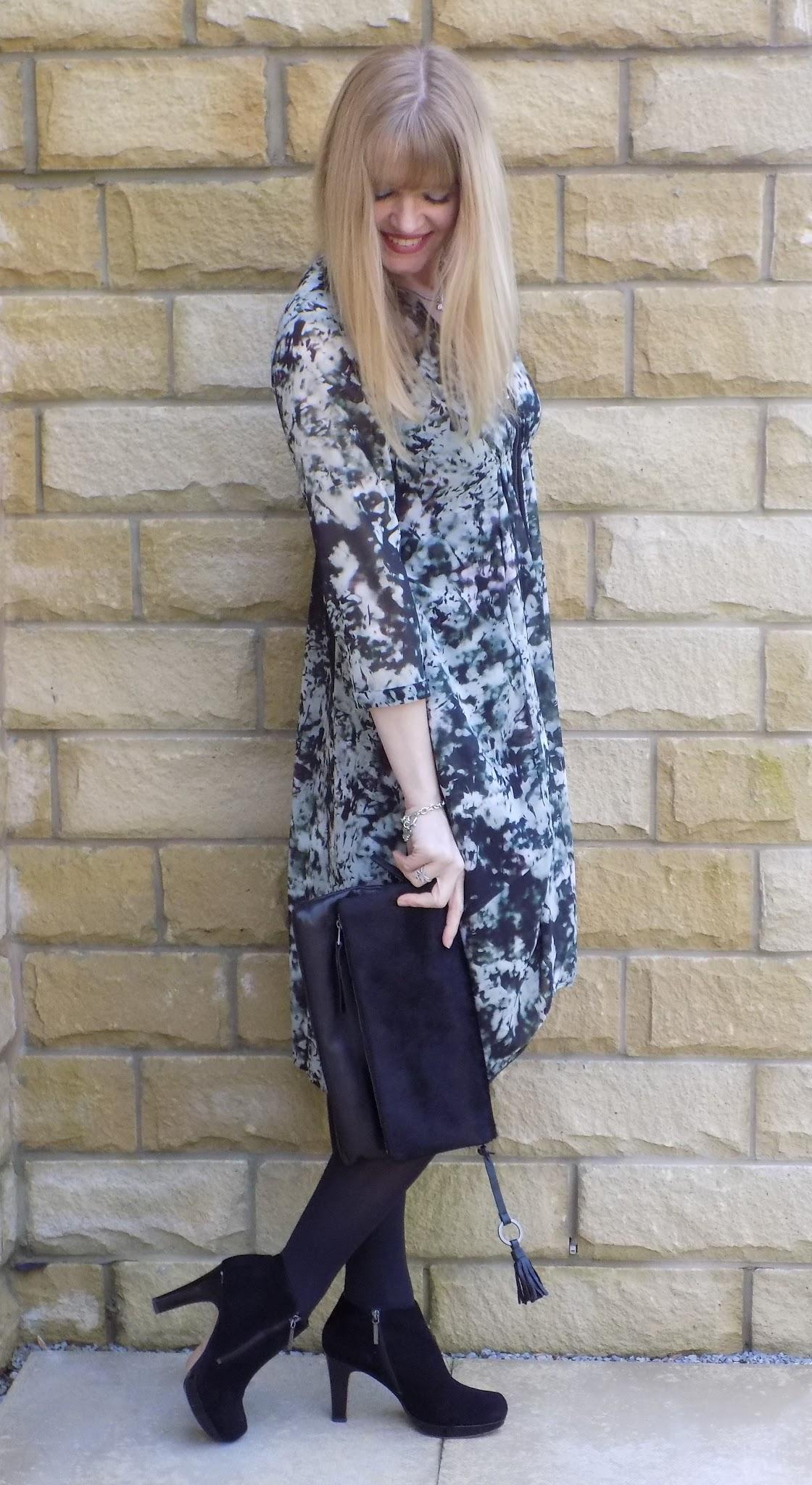 What Lizzy Loves Mint Velve zip front shirt dress