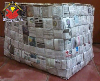keranjang dari koran