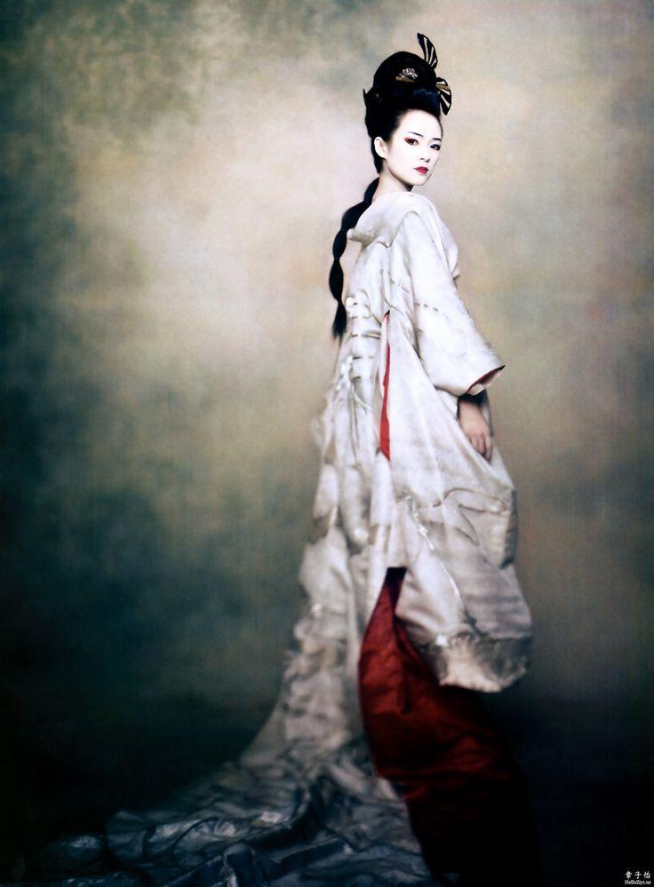 78b51cd1ba77 Editorial Fashion  Zhang Ziyi in  Memoirs of a Geisha  (2005).   Cool Chic  Style Fashion