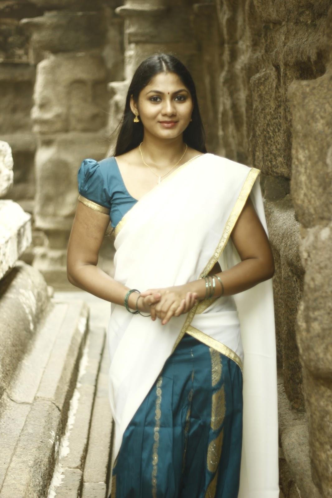 Shruti Reddy latest photos in half saree-HQ-Photo-12