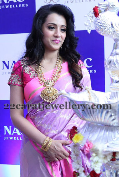 Trisha Paisley Design South Pearls Set Jewellery Designs