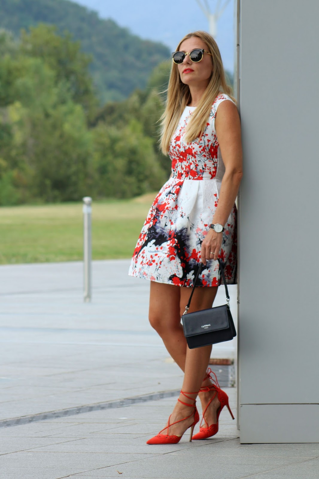 Eniwhere Fashion - Sammydress flare printed dress
