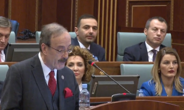 Eliot Engel speaking in Kosovo parliament