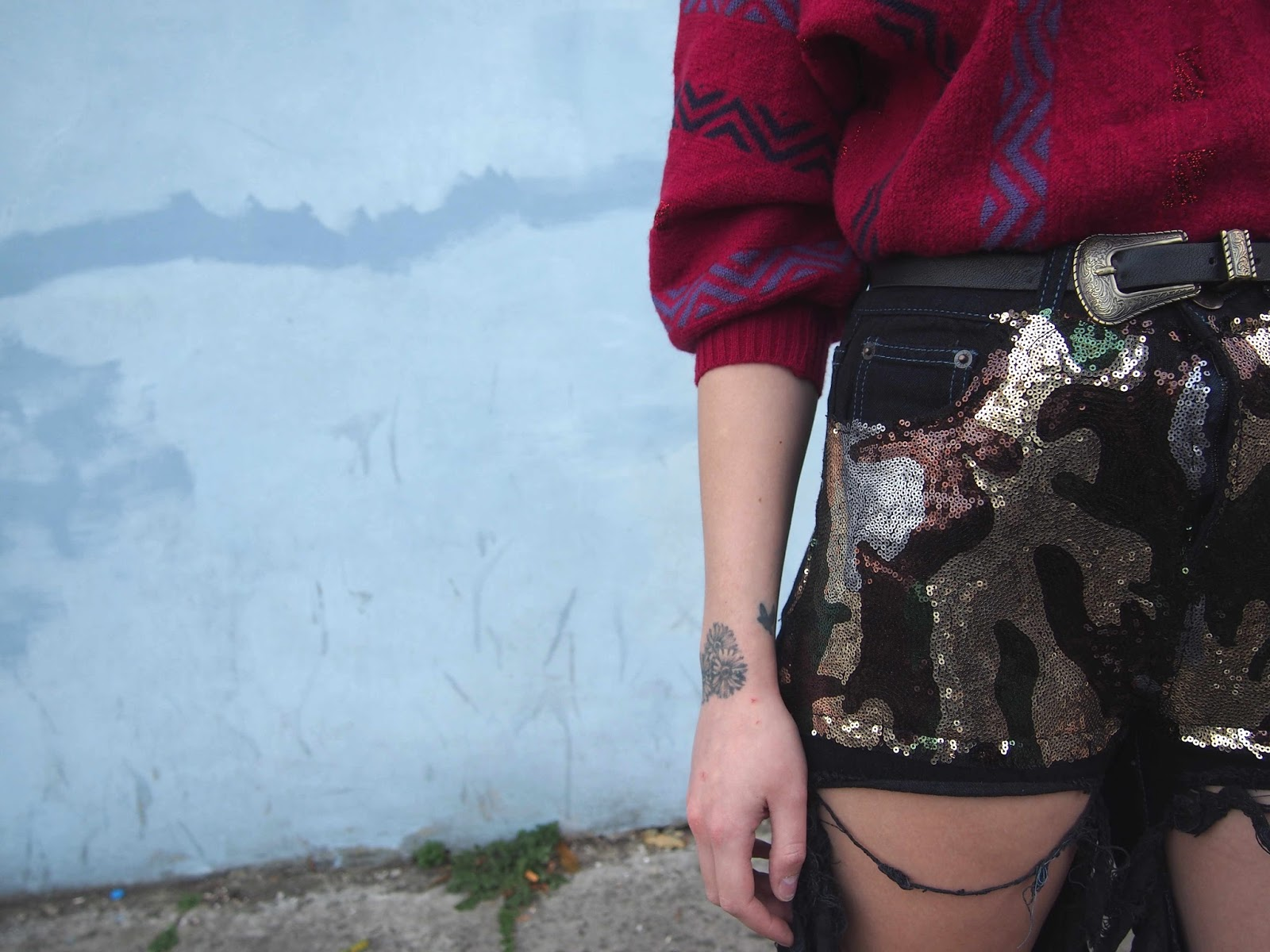 liquor n poker jeans, liquor and poker jeans, vintage oversized jumper, sequin jeans, camo sequin jeans, autumn alternative grunge 90's fashion style inspiration 1