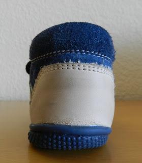 Zapato infantil. Zapato prenatal.