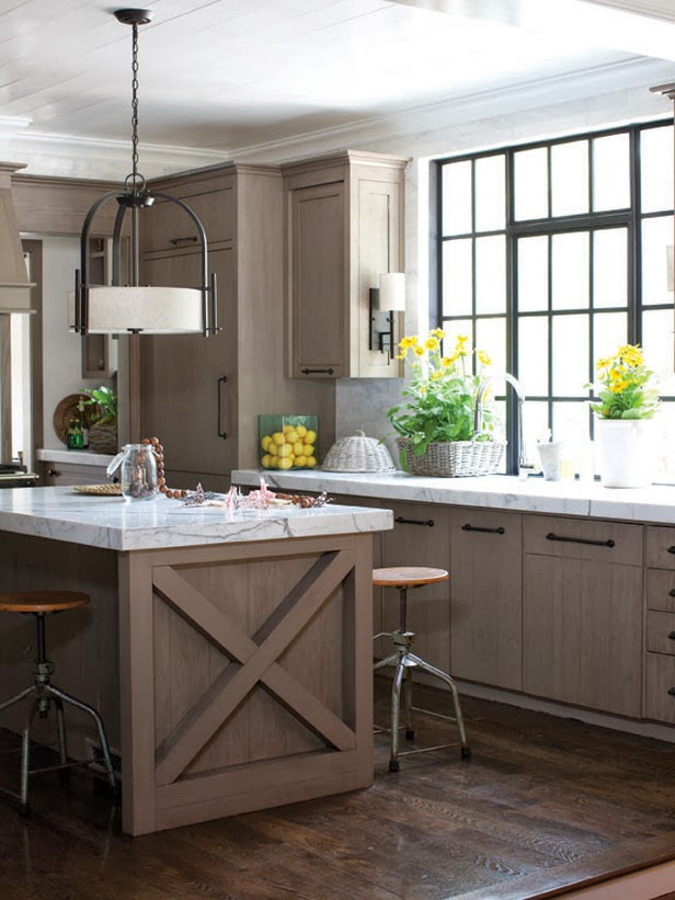 bright kitchen lamp. ideas for your modernize. diner housetohome,
