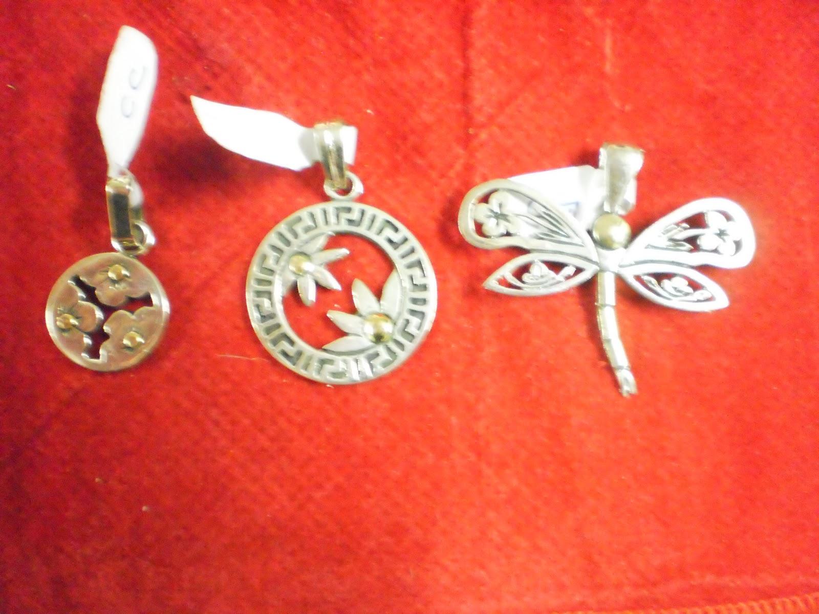 57fc101787f5 Aghata joyas  Dijes plata y oro diferentes motivos