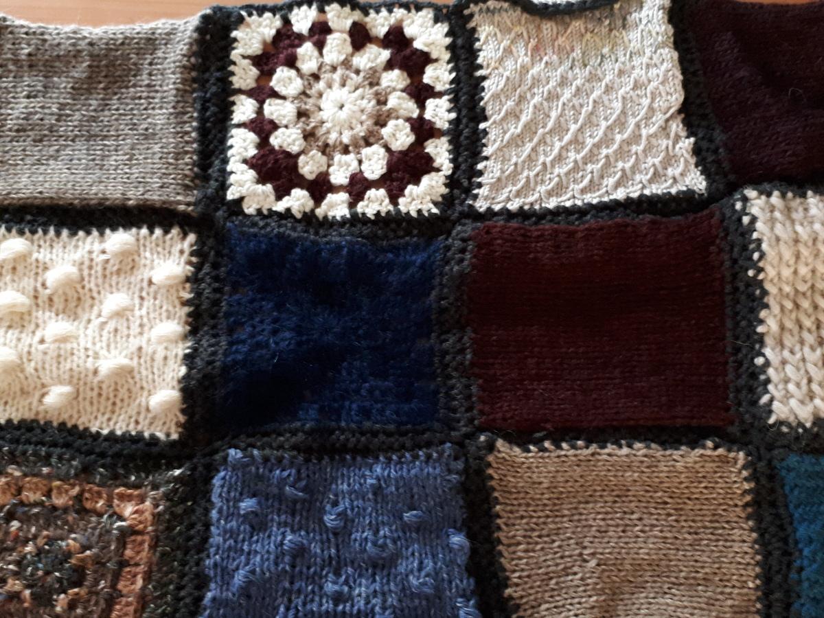 La casetta di lucia: progetto coperta piastrelle ai ferri e uncinetto