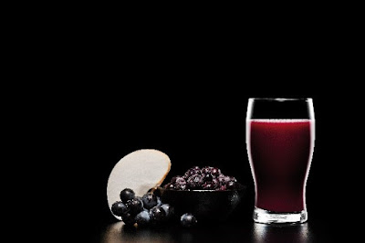 Shakin & Bakin Foodie Blog: Homemade Blueberry Smoothie Recipe